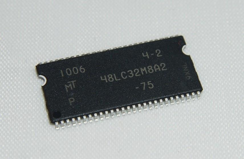 MT48LC16M16A2P-6A