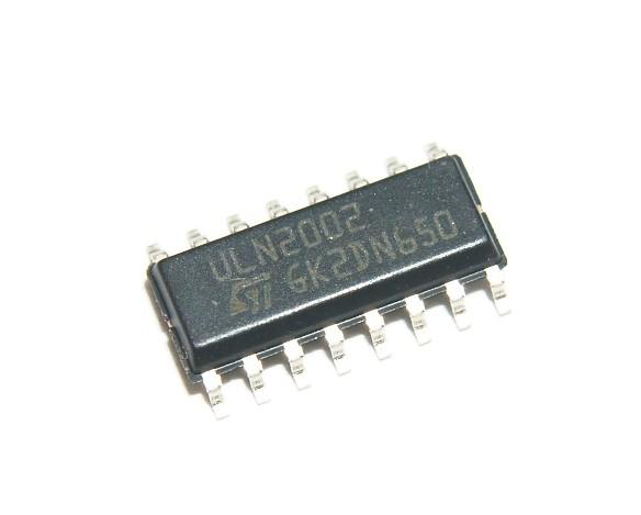 ULN2002D1013TR